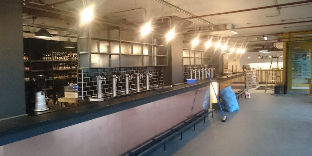 Interieur, interieurstylist, interieurarchitect, horeca interieur, horeca, winkel winkelinterieur, bar voetsteps, flessenhemel, flessenrek, baropbouw, tafel, tafels, balustrade, balustrade op maat, design, interieurontwerp, café, bar, hotel, restaurant, wijnkast, wijnrek, industrieel wijnrek, industriële wijnkast, horeca aankleding, industrieel kledingrek, broekenwand, broekenkast, industriële kledingrekken, kassa, vitrine, vitrinekast, zwart staal, staal op maat, op maat gemaakt, gecoat, 3d tekeningen, interieurbouw, interieur op maat, tafelpoten, barkruk, glazenrek, paskamer, design, staal, RVS, kast van staal, stalen deuren, deuren van staal, deuren van staal en glas, ontwerp, op maat, trap, aankleding, industriële wijnkast, industrieel wijnrek, windscherm, terras, fietsenrek, fietsenhok, lamp, lampen, verlichting, rek,